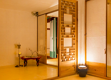 Hanok Stay (Traditional Korean house)
