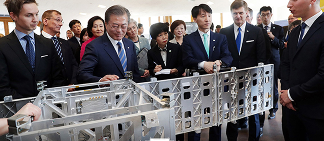 President Moon boosts 'innovative growth' ties during 3-nation N. European tour